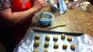 How To: Make Peanut Butter Bon Bons