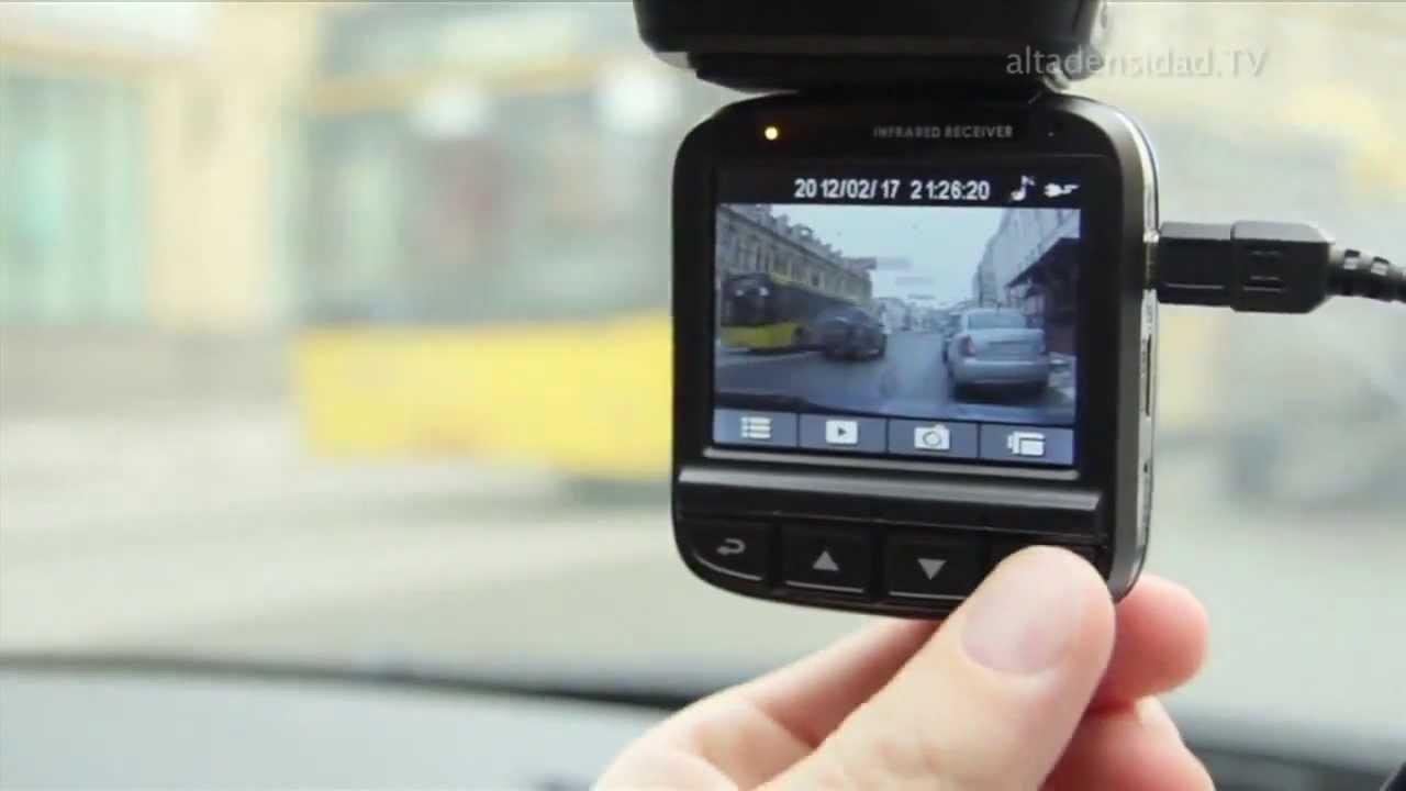 Videocmara para carros que graba lo que pasa delante del