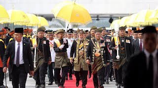 Agong opens first session of 14th Parliament