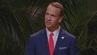 Peyton Manning Brought Remembers Pat Summitt