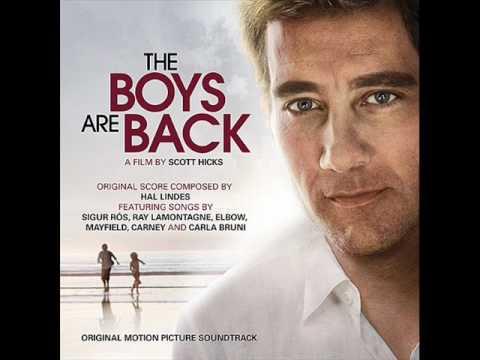 The Boys Are Back - 18 Ara Batur.wmv