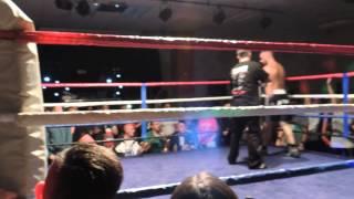 Boxing Wise Loko Roko Round 2.