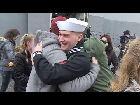 USS San Antonio Home for the Holidays
