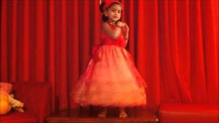 Anushka Joshi (Eva)