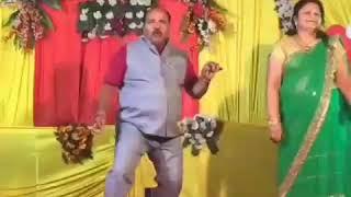 Viral dance video Sanjeev Kumar srivastav Dabu ji ka jalwaa Dancing uncle