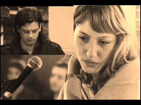 "Benjamin Biolay ""La femme de ma vie "" BO ""Pourquoi tu Pleures?"" 2011 .wmv"