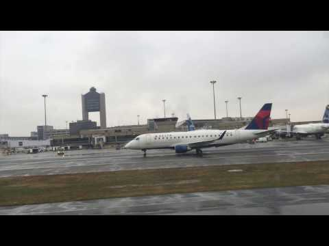JetBlue B6 689 Boston, MA to Washington D.C (Reagan) Economy Flight Experience (Dec 7th, 2016)