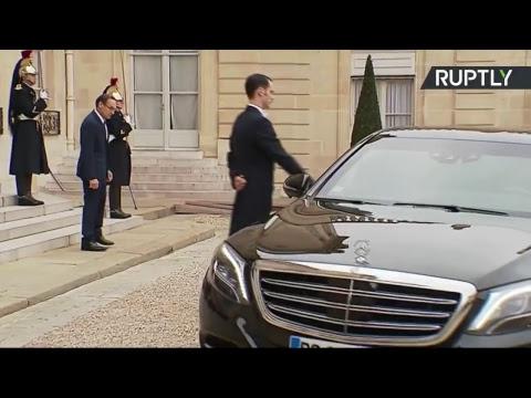 Le Premier ministre libanais démissionnaire Saad Hariri rencontre Emmanuel Macron à Paris