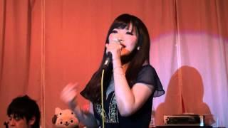 曲にマッチした藤田恵名さんの歌声は素敵ですね♪ ギター伴奏も素敵です♪...
