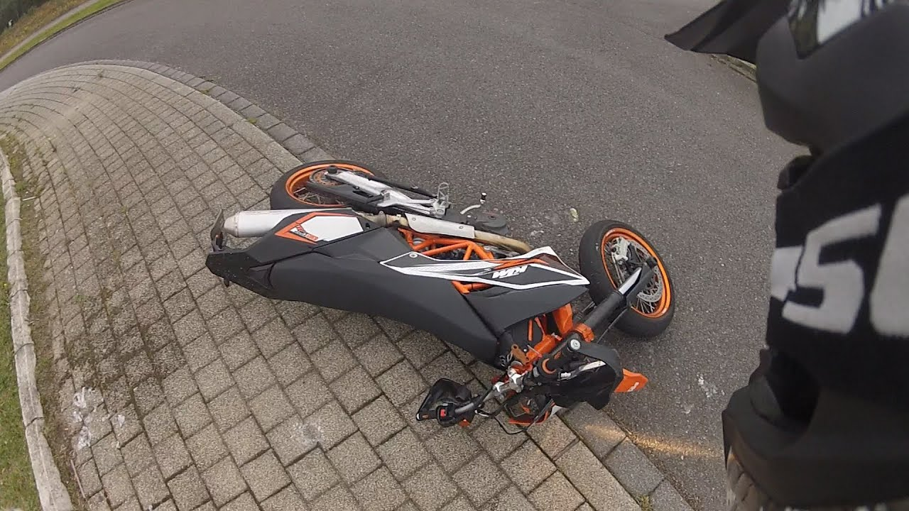Quot Not My Day Quot Little Crash Ktm 690 Smc R Youtube