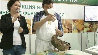 Фермер из Франции показал, как готовить гусей для фуа-гра