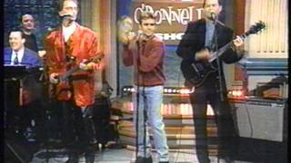 Repeat youtube video The Monkees perform on the Rosie O'Donnell Show (1996)