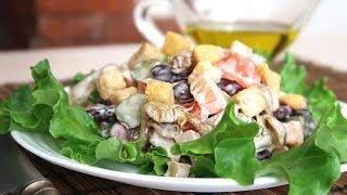 Салат с фасолью и сухариками Вкусный и хрустящий