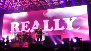 """Queen + Adam Lambert """"Two Fux"""" (Pt.2) St.Paul,Mn 7/14/17 HD"""