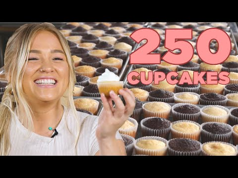 I Tried To Frost 250 Cupcakes In 5 Minutes • Tasty