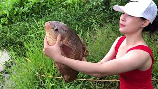 Best Girl Fishing INCREDIBLY Monster Gourami Fish