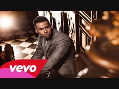 Ver Video de Romeo Santos 04. Romeo Santos - Amigo (Vol.2) 2014 - Letra