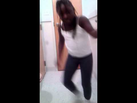 Bopping too kemo song...do to much