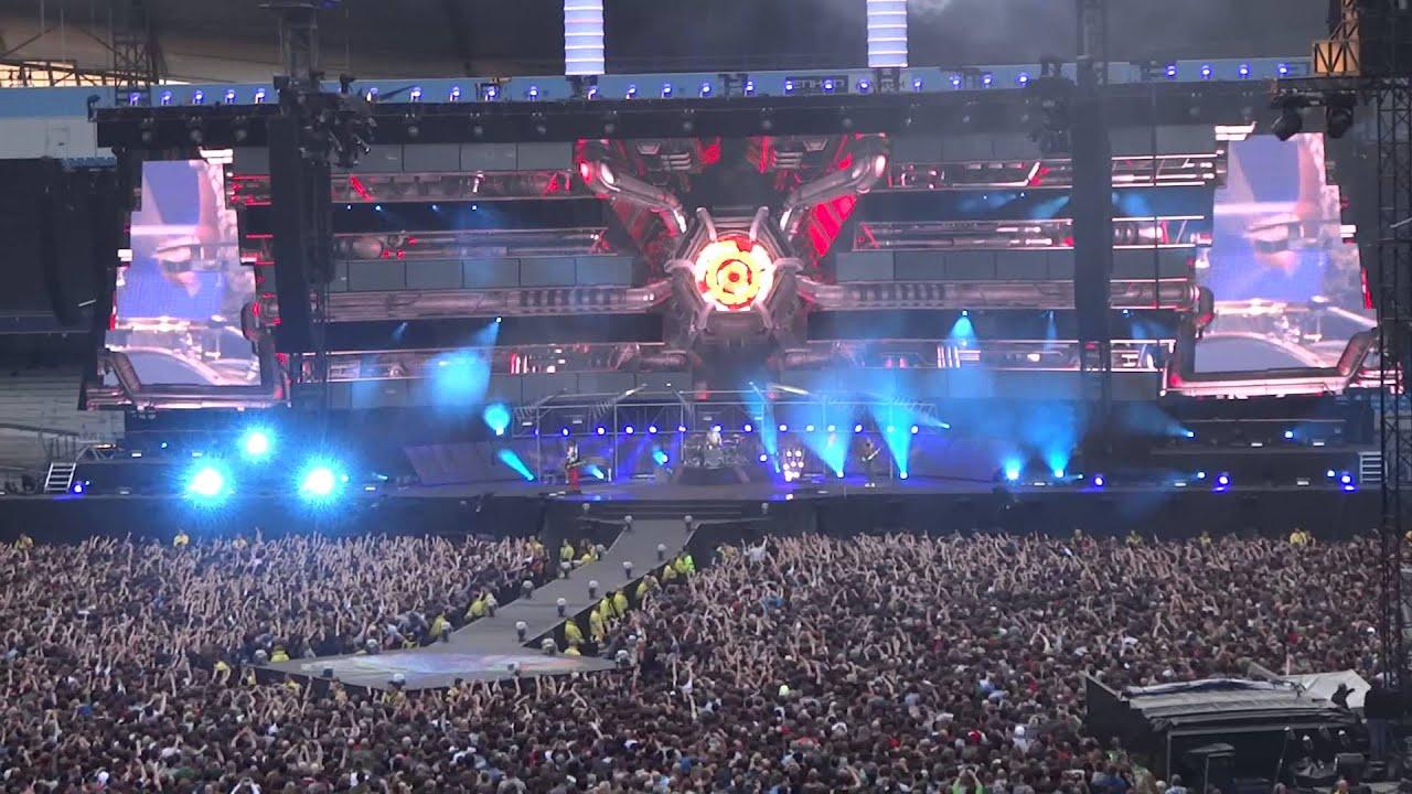 MUSE Live At The Etihad Stadium Manchester 2013 Intro