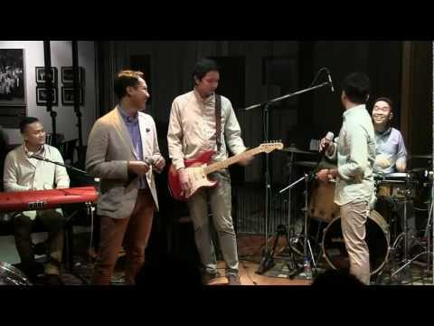 Soulvibe - Sungguh @Mostly Jazz 30/06/12 [HD]