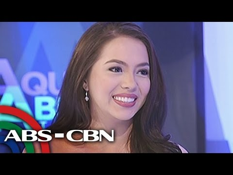Why Julia is not dating someone?