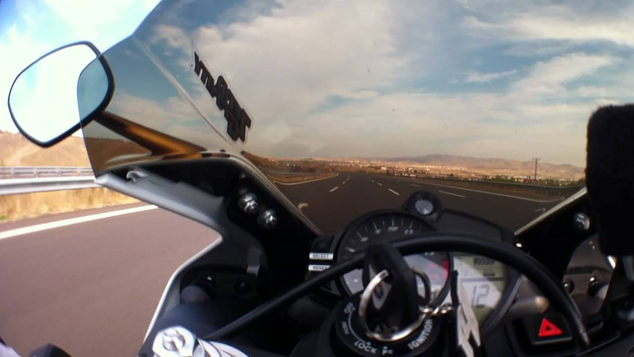 2012 Yamaha yzf-R1 Top Speed 300 km/h, TC Experiments Part-2 - YouTube