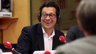 """Laurent Gerra imitant Patrick Sébastien : """"Invité de 'Couillon de Culture', François Hollande !"""""""
