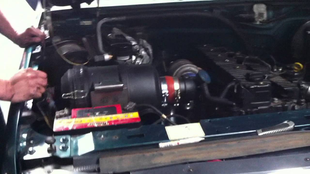 F1000 Com Motor De F250 Mwm 6cc Turbo Diesel Youtube