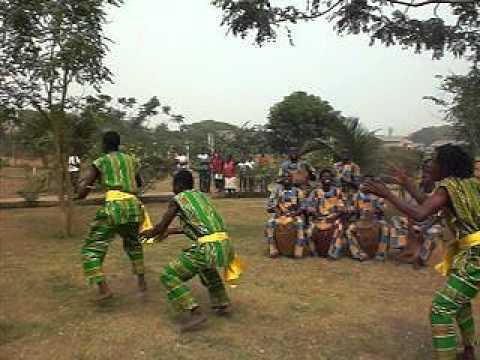 Kpanglogo Dance Ghana Accra (www.NanaWassAafrikaDance.com)