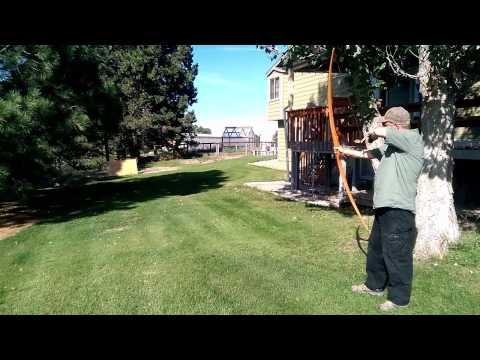 How to Make a Homemade Long Bow With Wood From the Hardware