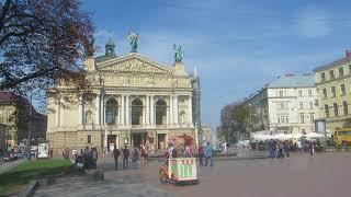 Львовский оперный театр...