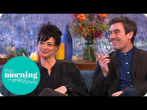 Emmerdale's Natalie J Robb and Jeff Hordley Bum Slap Each Other to Lighten the Mood! | This Morning