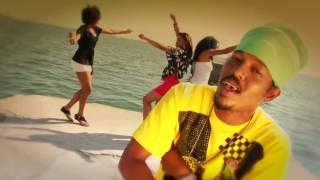 Смотреть клип Goldy And Chronixx - The Mini Song