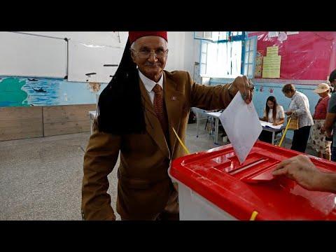 بدء الاقتراع في الانتخابات التشريعية بتونس وسط تحديات سياسة واقتصادية كبيرة…  - 11:53-2019 / 10 / 6