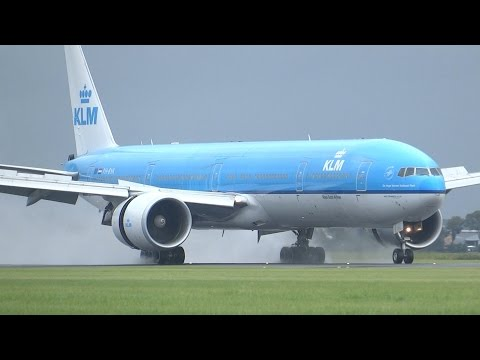 +20 Minutes Of Super Wet Landings At The Polderbaan!