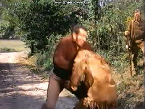Davy crockett king of the wild frontier vs big foot mason fist fight