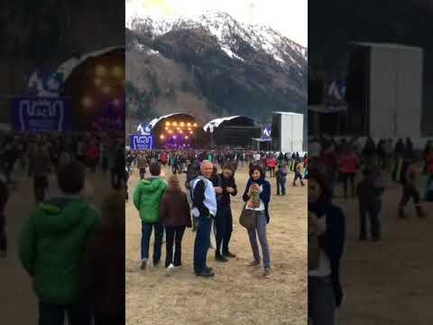 LA PLACE DU VILLAGE:depuis Chamonix (74) pour le festival Musilac Mont-Blanc..