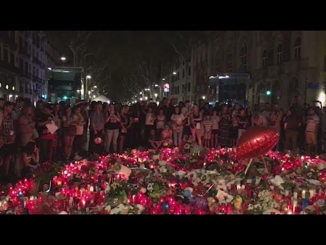 <h2><a href='https://webtv.eklogika.gr/keria-louloudia-prosefches-ke-dakrya-gia-ta-thymata-tis-epithesis-sti-varkeloni' target='_blank' title='Κεριά, λουλούδια, προσευχές και δάκρυα για τα θύματα της επίθεσης στη Βαρκελώνη'>Κεριά, λουλούδια, προσευχές και δάκρυα για τα θύματα της επίθεσης στη Βαρκελώνη</a></h2>