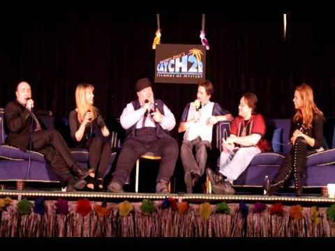 Gallifrey One: 2011 'Just a Minute' Moment - Pt. 03