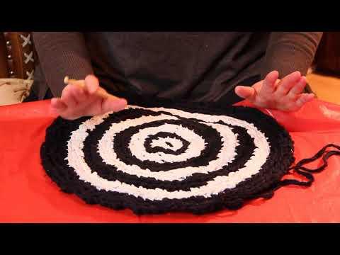 Видео вязание коврики из ткани крючком видео