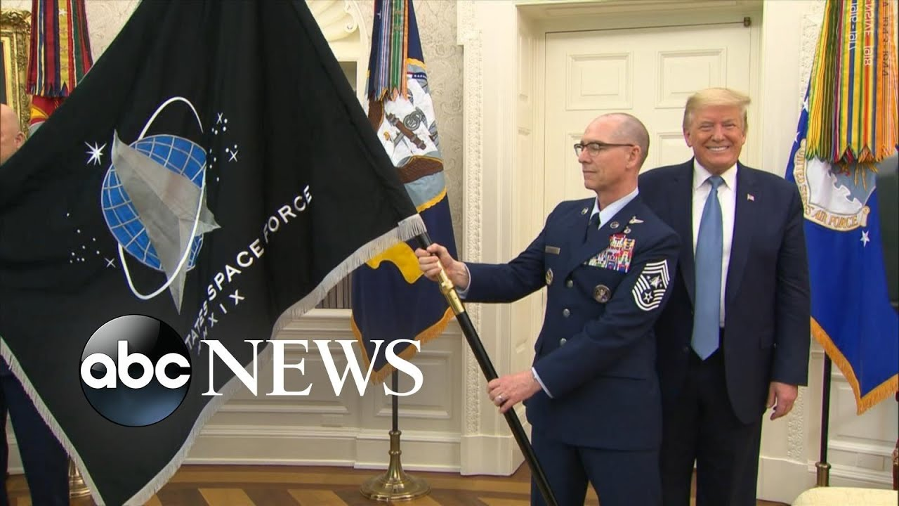 Trump unveils Space Force flag - YouTube
