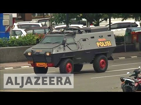Jakarta bombing attacks 'linked to ISIL'