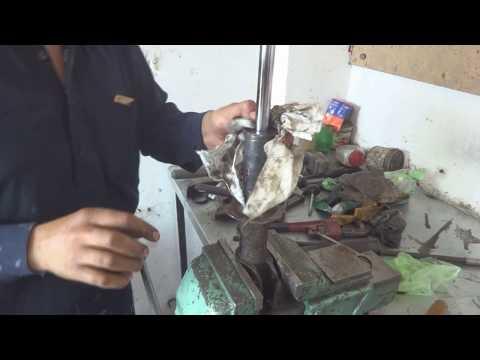 Shock absorber repair or rebuild Urdu/ Hindi. Shock absorber kaisay repair kar sakthay hen.