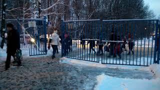 Школа 1206 Москва - это тюрьма с закрытой территорией создающая неудобства 2