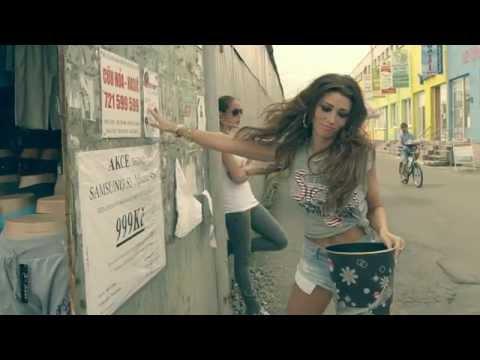 Tereza Kerndlová - Tepe Srdce Mý (Official Music Video)