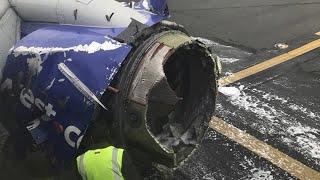 Avião aterra de emergência depois de motor explodir e passageira ser