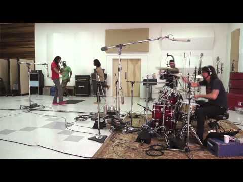 RDGLDGRN - In studio with Dave Grohl