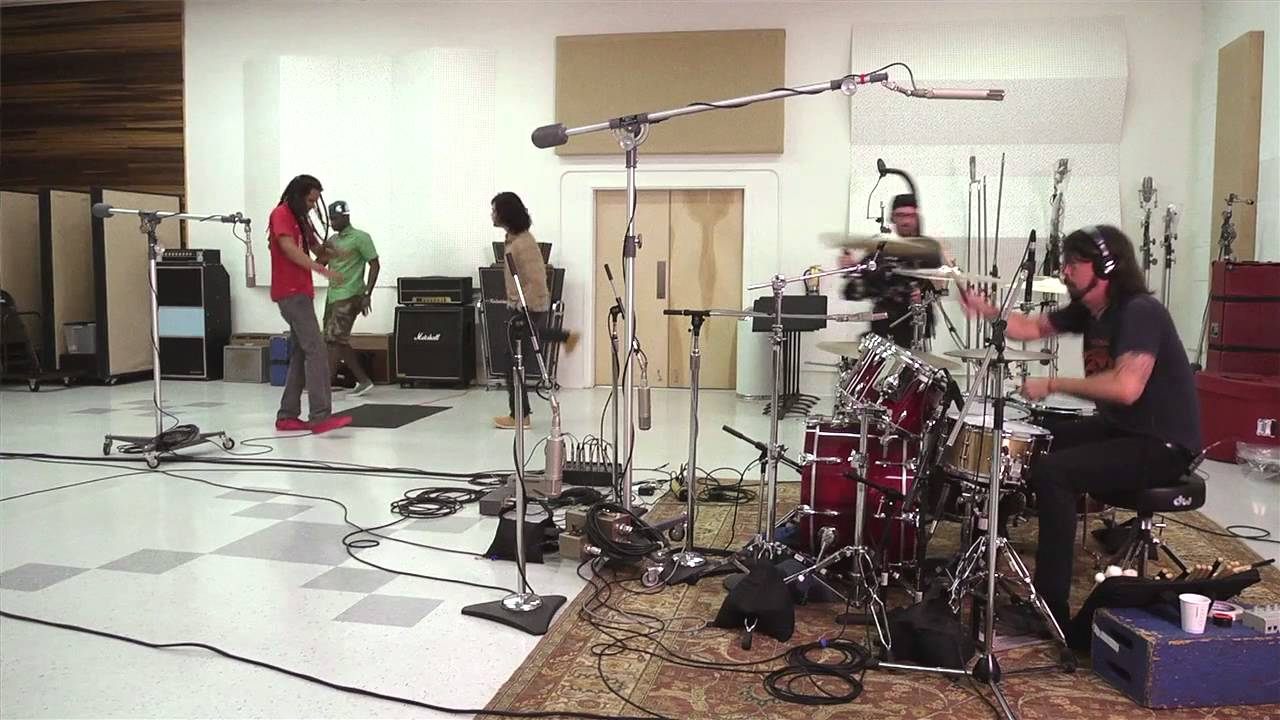 RDGLDGRN - In studio with Dave Grohl - YouTube