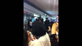 SS501リーダーキムヒョンジュン羽田空港来日時のファンカム.