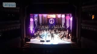 بالفيديو : صفوان بهلوان ومحمد محسن يتألقان ضمن مهرجان الموسيقى العربية بأوبرا دمنه
